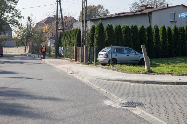 remont chodnika  przy ulicy Barbórki