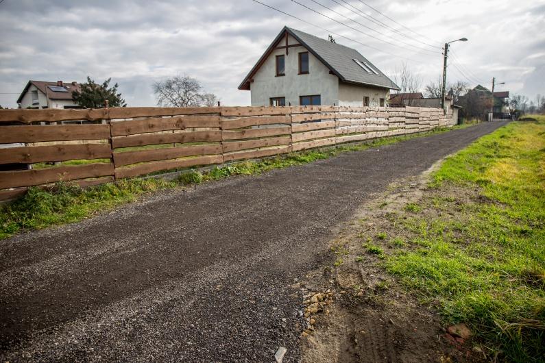 odcinek drogi bocznej od ulicy Starowiślanej